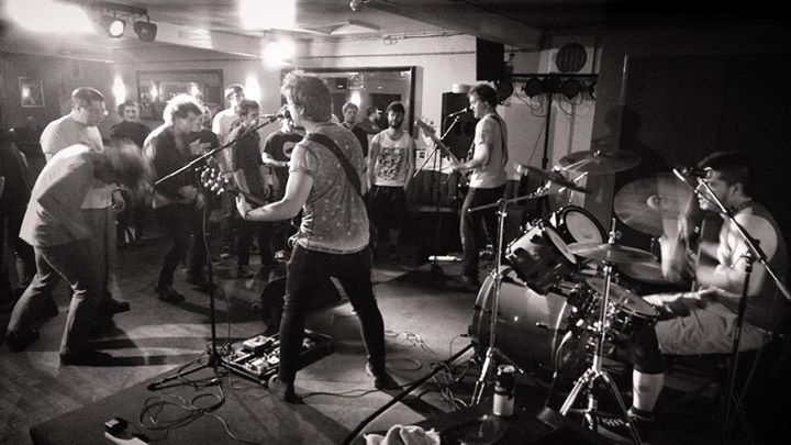 Great night at The Four Horseshoes in Luton. Great to see Saving Sebastian and Silo 18 giving it all…
