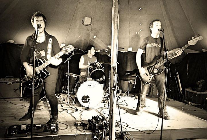 Just smashed The Plough & Harrow in Harpenden! Thanks to everyone who came and showed support!  Phot…