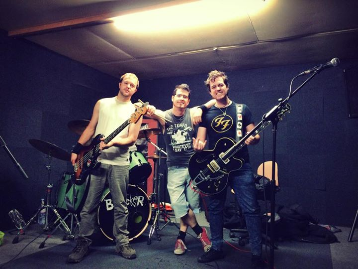 Good practice tonight! Warming up for our Belgian tour with The Zipheads!