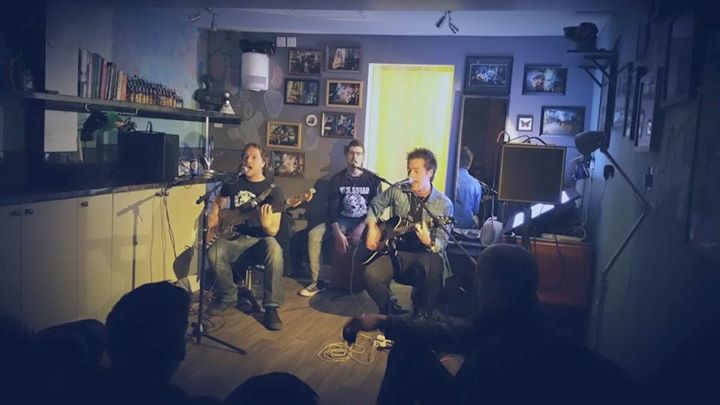 Amazing acoustic night at The Tattoo Shop Sessions in Bedford! Thanks to Robbie from Brother San Dim…