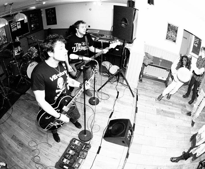 Brilliant night at The Bridge, Shefford, yesterday. Total punk rock mayhem at its finest!  Photo by …