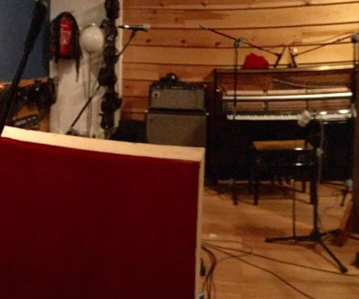 DAY 7: More guitars, vocals, percussion and piano parts by Ale Barranco. Sounding sweet!
