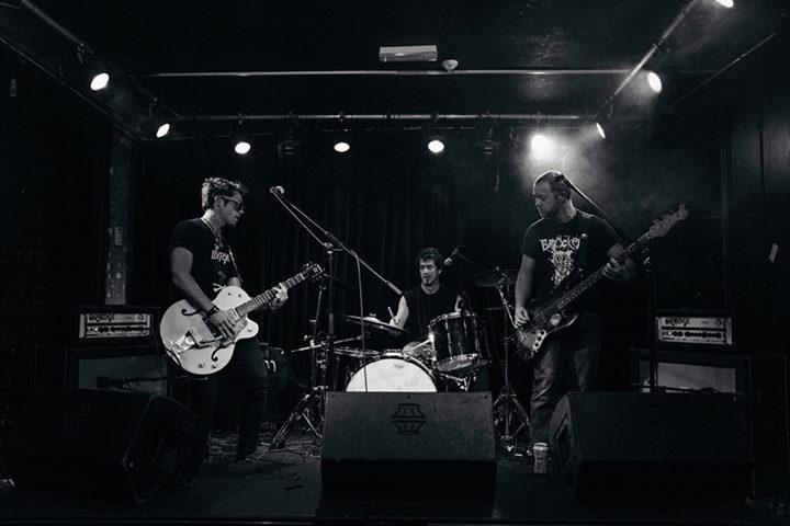 The Black Heart, Camden // 08-11-17. Amazing gig with 2 minutos (Argentinan punk boludos) // Sexy ph…