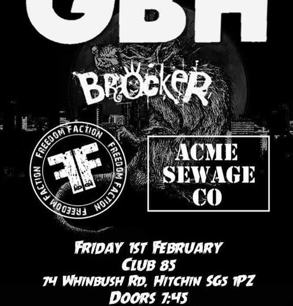 Happy new year and beers! First gig of the year at the amazing Club 85, Hitchin with the awesome @gb…
